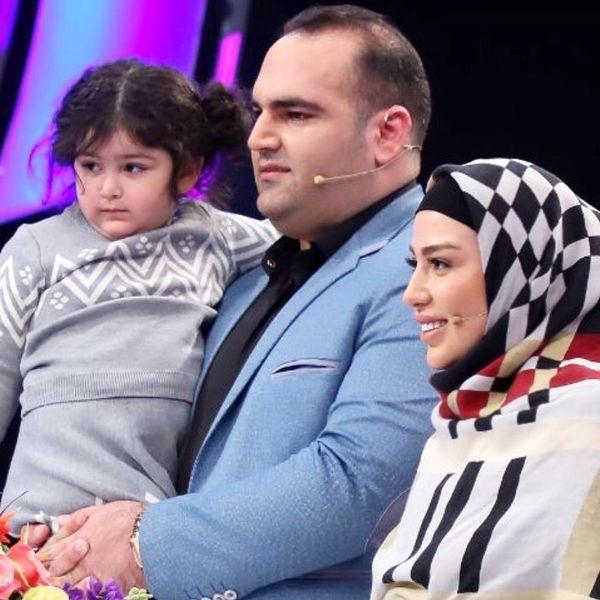 بهداد سلیمی در کنار خانواده اش+عکس