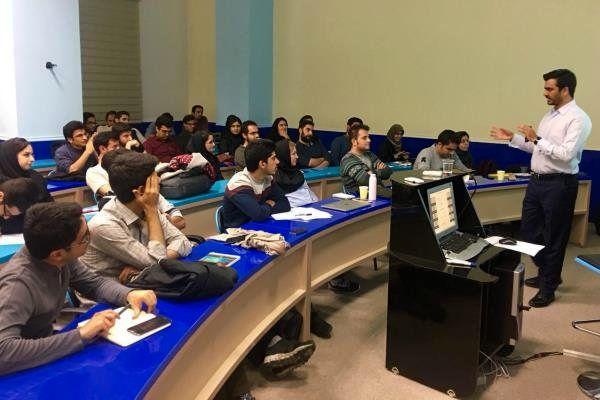 ثبت نام در دوره های کارشناسی ناپیوسته دانشگاه آزاد آغاز شد