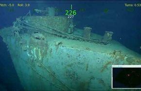 لاشه کشتی جنگ جهانی دوم در آب ها!
