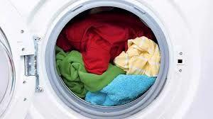 ۶ چیزی که نباید در ماشین لباسشویی بیندازید