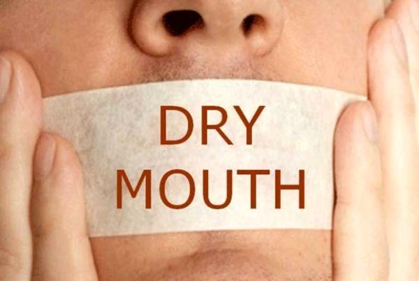 عوارض خطرناک خشکی دهان!