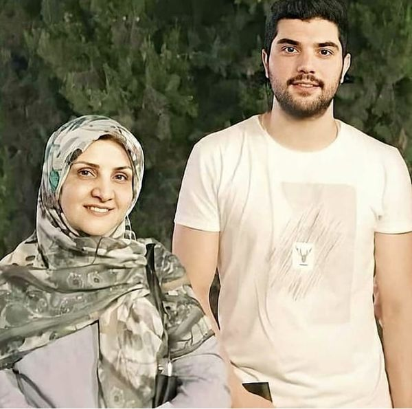 مادر آقازاده معروف در کنار پسرش + عکس
