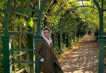 مونا فرجاد در دالان بهشت+عکس