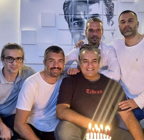 تولد سام نوری با دوستانش + عکس