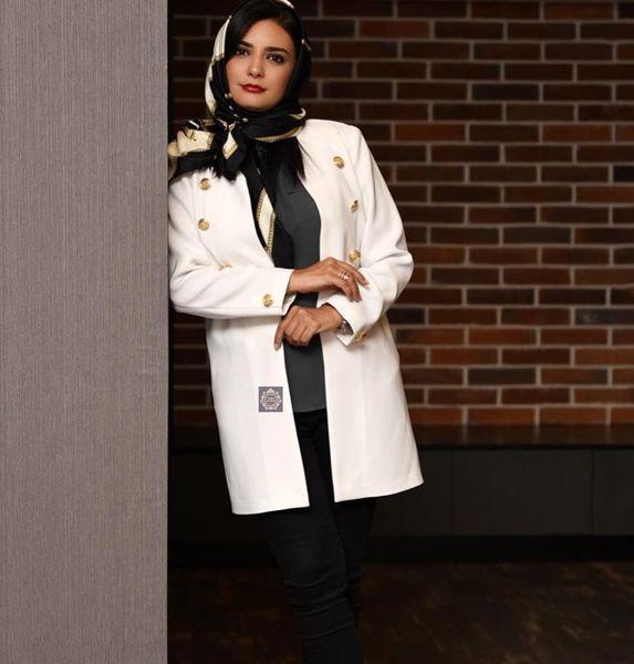 تیپ خانومانه لیندا کیانی+عکس