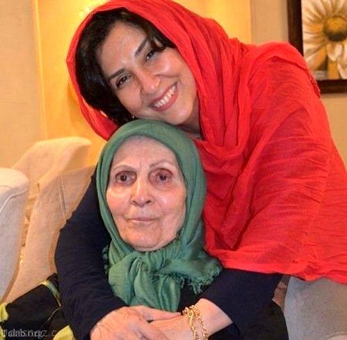 عکس پر از احساس مرجانه گلچین و مادرش
