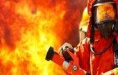 نجات مادر و ۲ کودک از میان آتش و دود +عکس