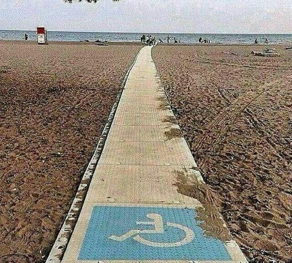 ایجاد راهی برای دسترسی معلولان به دریا برای نخستین بار