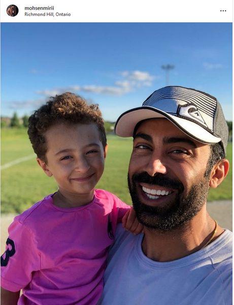 شادی از ته دل همسر روناک یونسی و پسرش