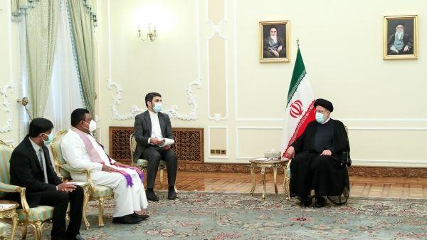 رئیس جمهور خطاب به سفیر انگلیس ؛ حقایق ایران را درست به مقامات خود منعکس کنید
