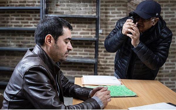 شهاب حسینی در حال بازی در یکی از فیلم هایش + عکس