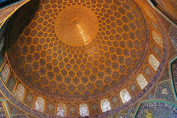 صحنهای جالب در مسجد تاریخی ایران