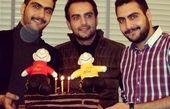 حامد کمیلی در کنار برادران دوقلویش + عکس