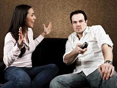 مردان بیمسئولیت و زنان تجمل گرا