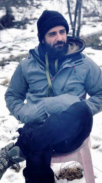 امیرحسین آرمان در دل کوه های برفی + عکس