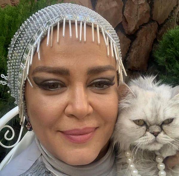 گربه سفیدرنگ بهاره رهنما + عکس