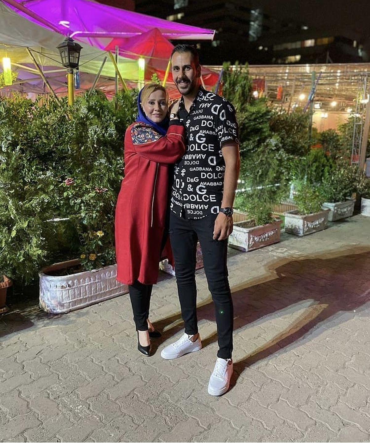 شیوا خسرومهر در کنار برادرش + عکس