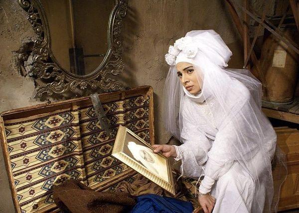 روشنک عجمیان در لباس عروس + عکس