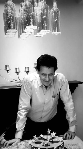 تولد ساده ابوالفضل پورعرب در خانه اش + عکس