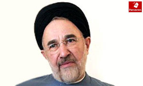 در عین پافشاری بر مطالبات باید دولت روحانی را یاری کنیم