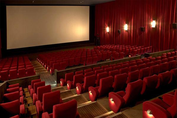 قانون مورفی را در کدام سینماها نیم بها ببینیم؟