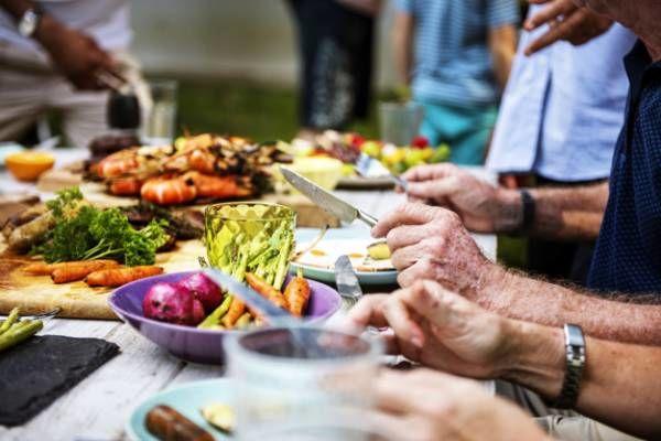 کسانی که تند و باعجله غذا می خورند، بخوانند