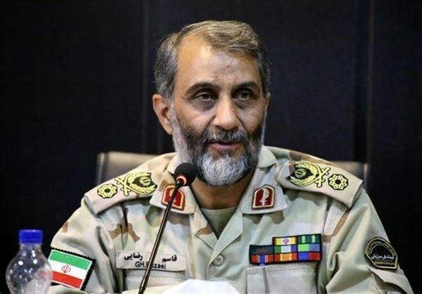 ادای احترام جانشین فرمانده ناجا به مقام شامخ شهید سلیمانی