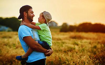 اهمیت روابط پدر و پسر در خانواده