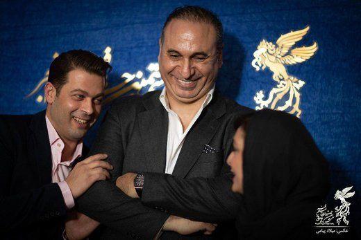 نگاه متعجب حمید فرخنژاد به سلفی گرفتن پژمان بازغی/عکس