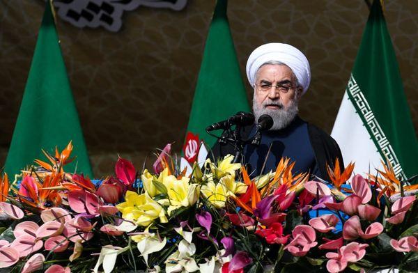 چرا روحانی در روز ۲۲ بهمن، از رفراندوم و انتخابات گفت؟!