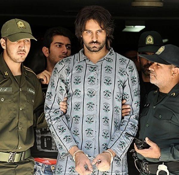 علیرام نورایی با لباس زندانی ها + عکس