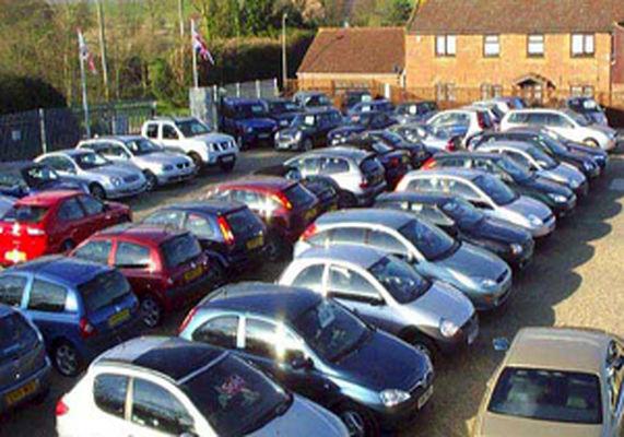 گرانی ۵ میلیونی خودروهای وارداتی در بازار