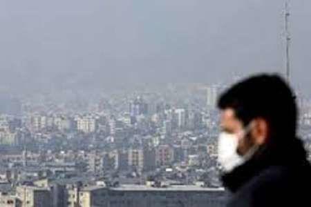 درگیری کرونا و آلودگی هوا برای گرفتن جان پایتخت نشین ها/ کاریکاتور