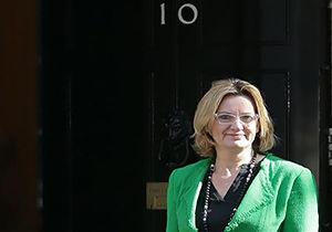 استقبال وزیر کشور انگلیس از تعطیلی اردوگاه کاله