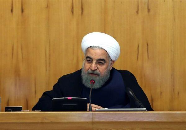 روحانی: درآمد دولت از بالا رفتن قیمت ارز دروغ است
