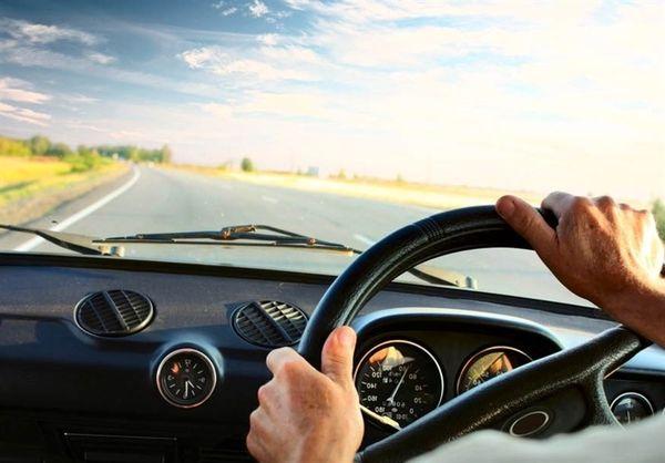 چرا در انگلستان از سمت چپ رانندگی میکنند؟