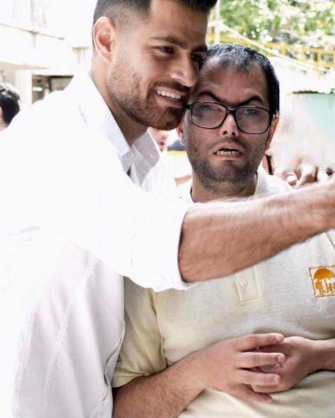 مرتضی پورعلی گنجی به دیدار معلولان ذهنی رفت+عکس