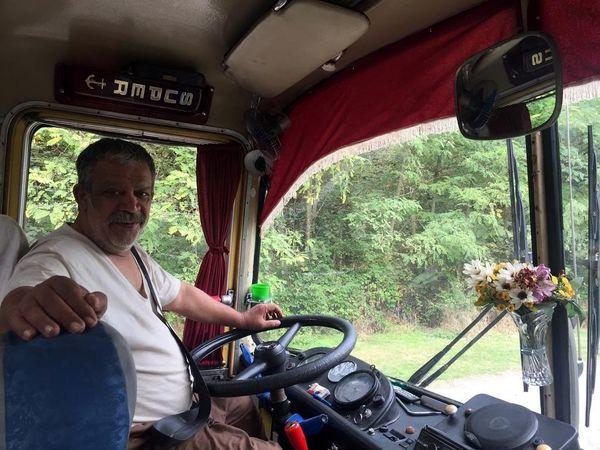 حسن پورشیرازی راننده اتوبوس شد + عکس