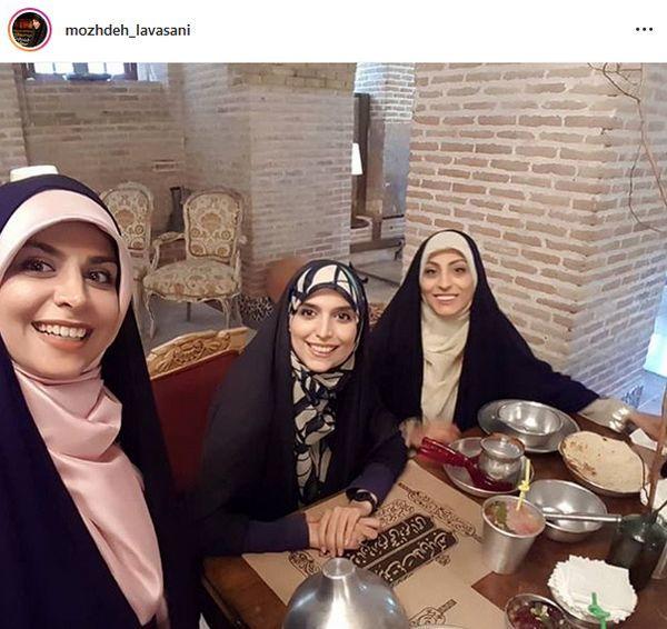 مژده لواسانی و دوستاش در رستوران + عکس