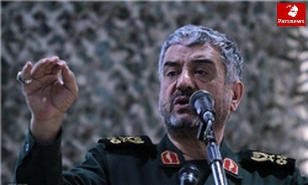 هشدارهای رهبرانقلاب به دشمنان جدی ومبتنی برقدرت دفاعی ایران است