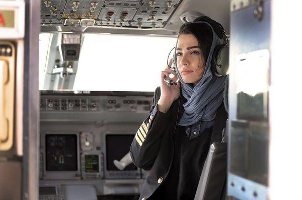 سیما خضرآبادی در کابین خلبانی + عکس
