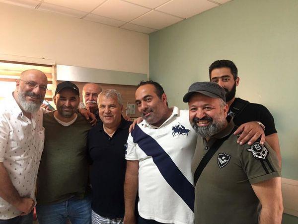 دورهمی بازیگران معروف با علی پروین + عکس
