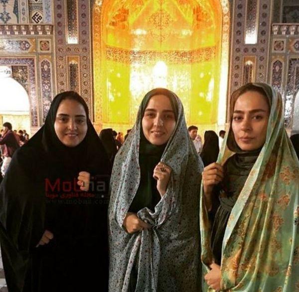 مسافرت زیارتی سمانه پاکدل با ستایش و خواهرش+عکس