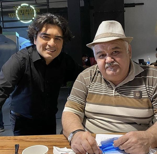 اکبر عبدی در کنار پیانیست مشهور + عکس