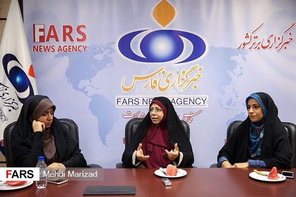 گوینده زن و دخترانش که گزارشگر رسانه ملی هستند+عکس