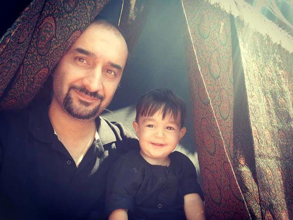 سلفی نیما کرمی با پسرش + عکس