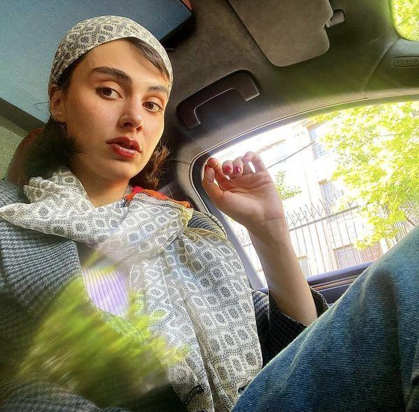 سلفی جدید لاله مرزبان در ماشینش + عکس