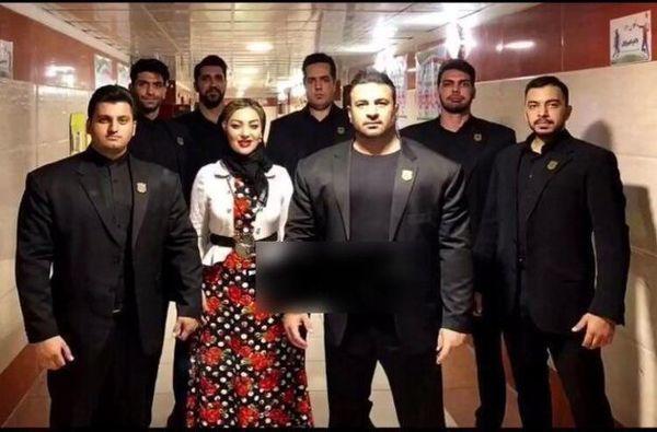 خانم بازیگر و هفت بادیگاردش!+عکس