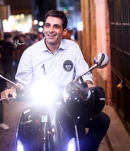 حمید گودرزی با وسیله نقلیه معروفش