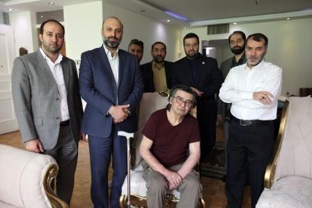 حضور مدیران رسانه ملی در منزل رضا رویگری